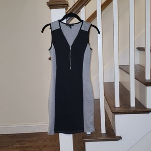 Gray & Black Zipper Front Dress